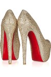 The shoes have a 6 1/2 inch heel and a 2 1/2 inch platform.