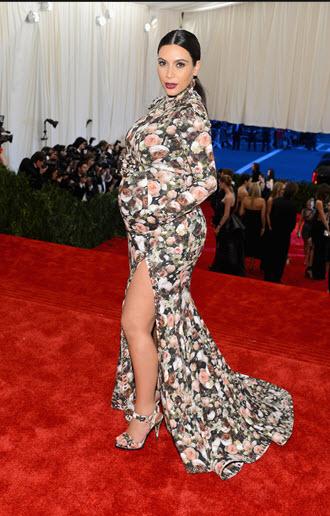 Kim Kardashian in Riccardo Tisci